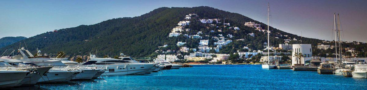 Barcos Marina Santa Eulalia Ibiza
